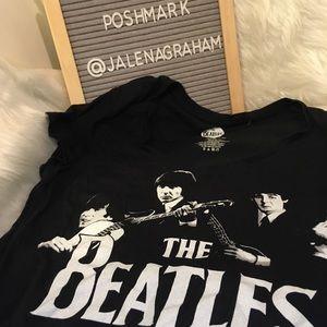 Beatles black white shirt 15-17